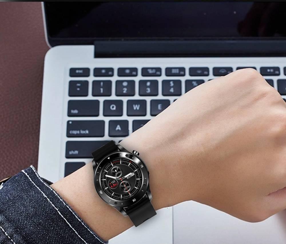 Men's Sport Tracking Smart Watch